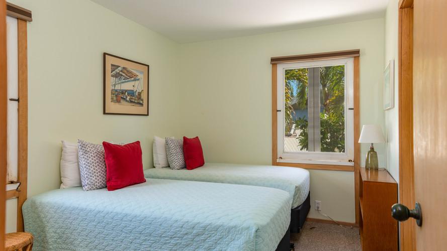 15-1-3rd Bedroom.jpg