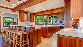 15-Kitchen 2.jpg