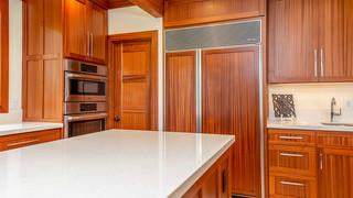 17-Kitchen pantry.jpg