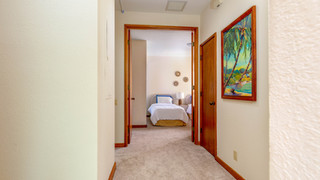 17-2nd bed corridor.jpg