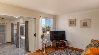 16-Living room 1.jpg