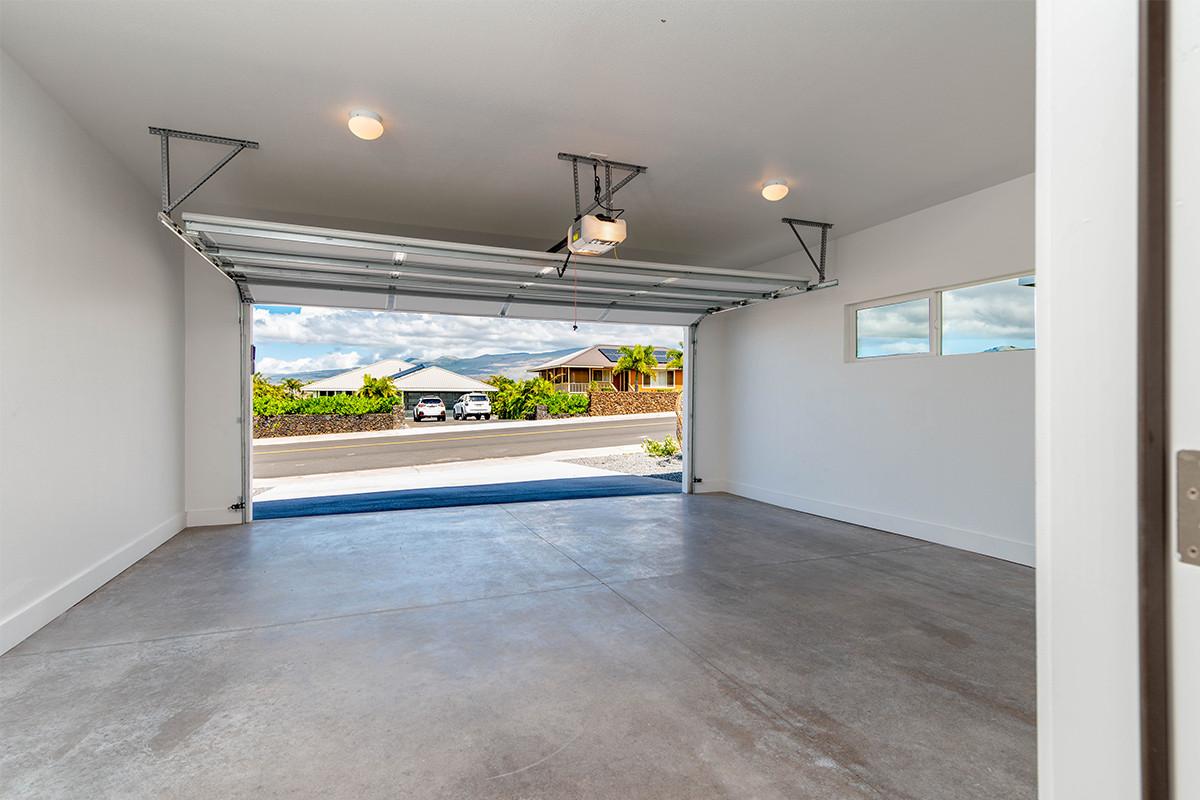 26-Garage.jpg