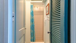 14-Shower.jpg