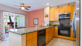 4-2-Kitchen 2.jpg