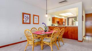 16-Dining room 1.jpg