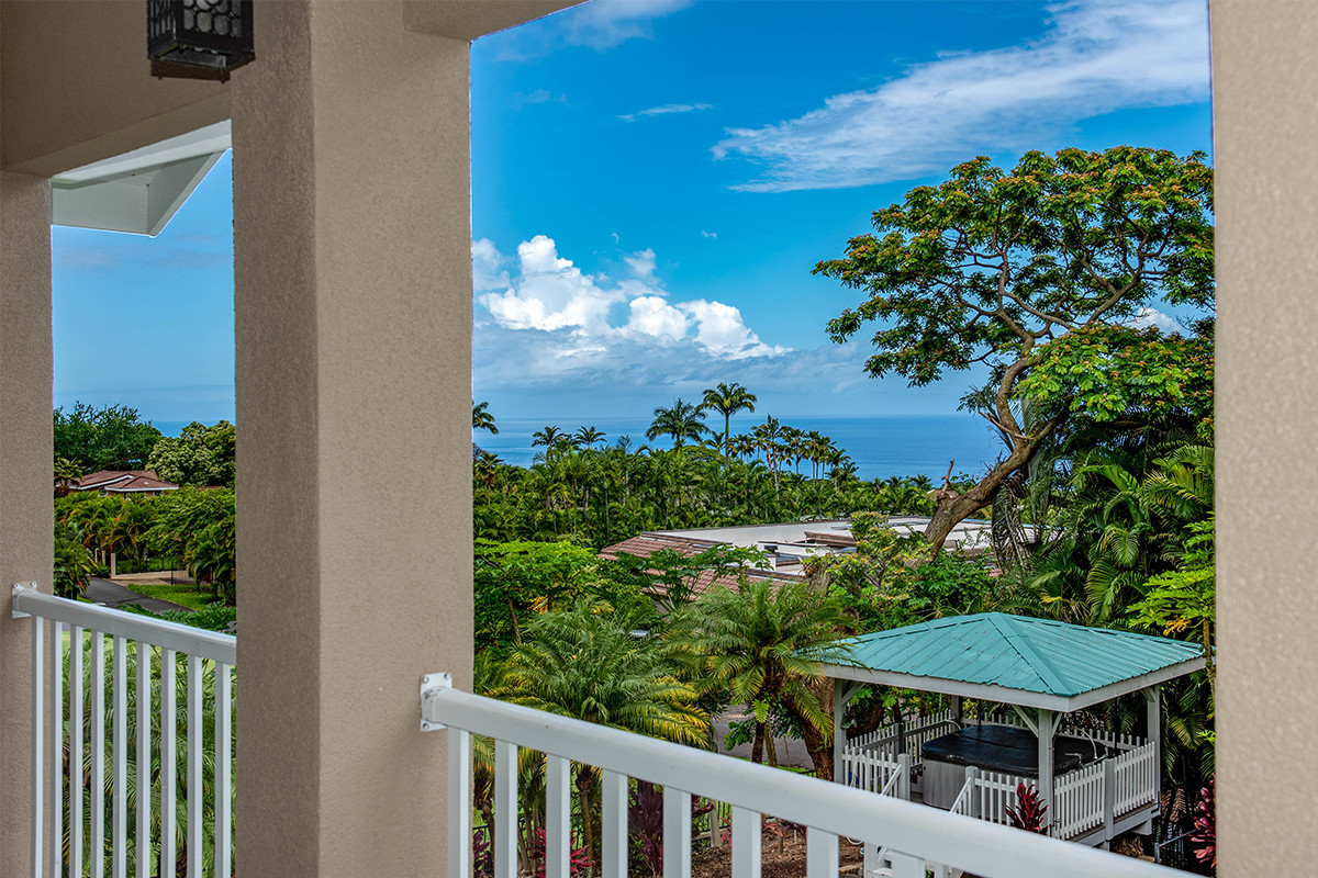 25-4-Bedroom lanai view.jpg