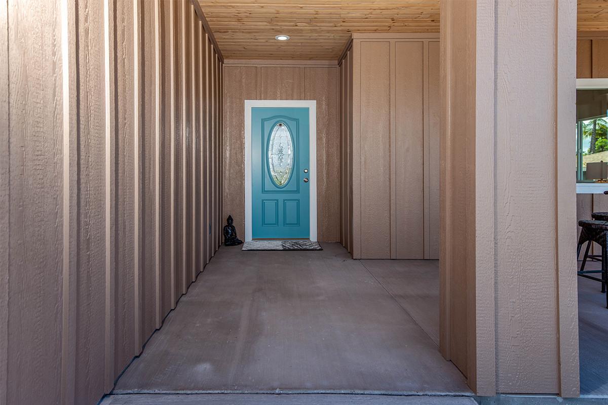 5-Entrance.jpg