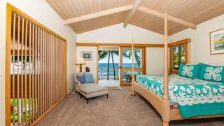 13-2-Master bedroom 1.jpg