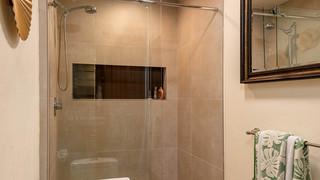 37-2nd Bath 1.jpg