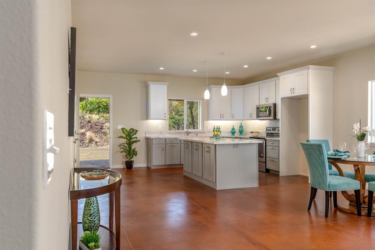 4-1-Kitchen 1.jpg