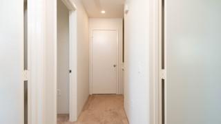 14-Corridor.jpg