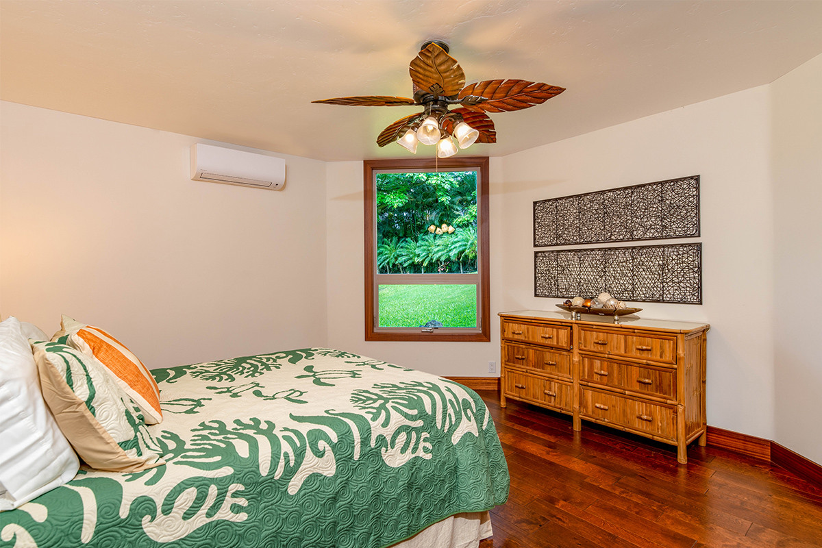 34-3rd Bed 1.jpg