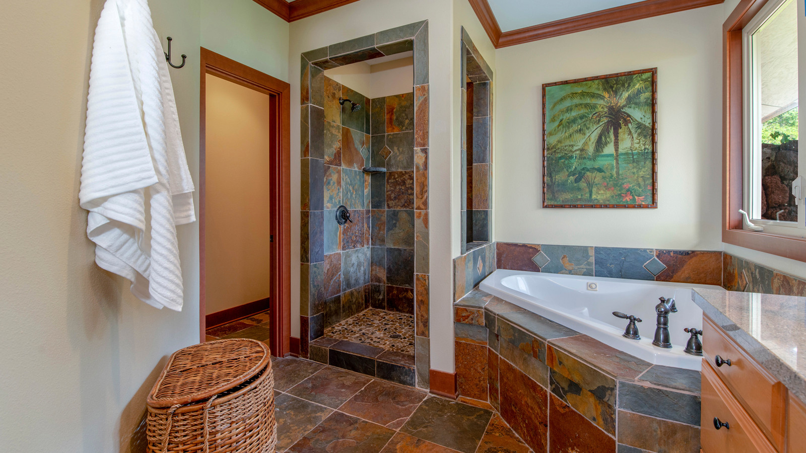 21-Master bathroom 1.jpg