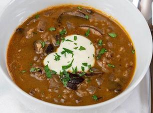 Vegan wildrice and mushroom soup