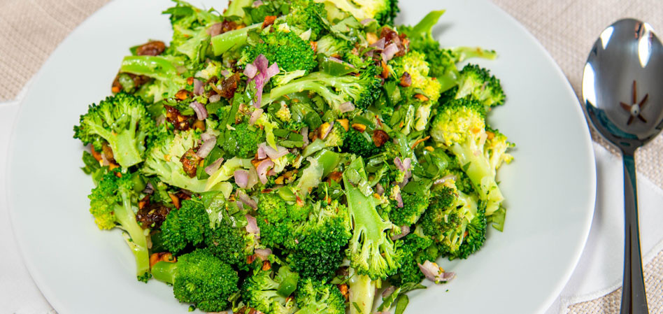Vegan Broccoli SpoonSalad with Ras-El-Hanout Vinaigrette