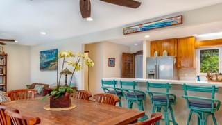 10-Dining room.jpg