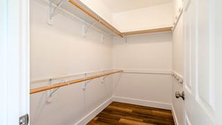 18-Master closet.jpg