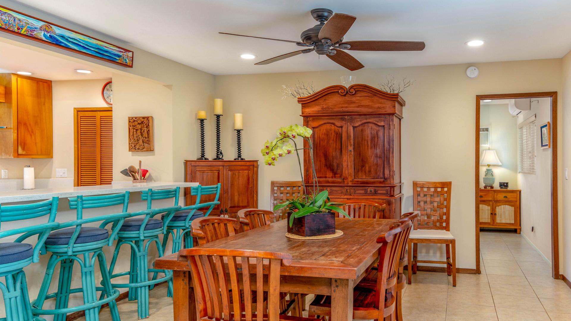 9-Dining room 1.jpg