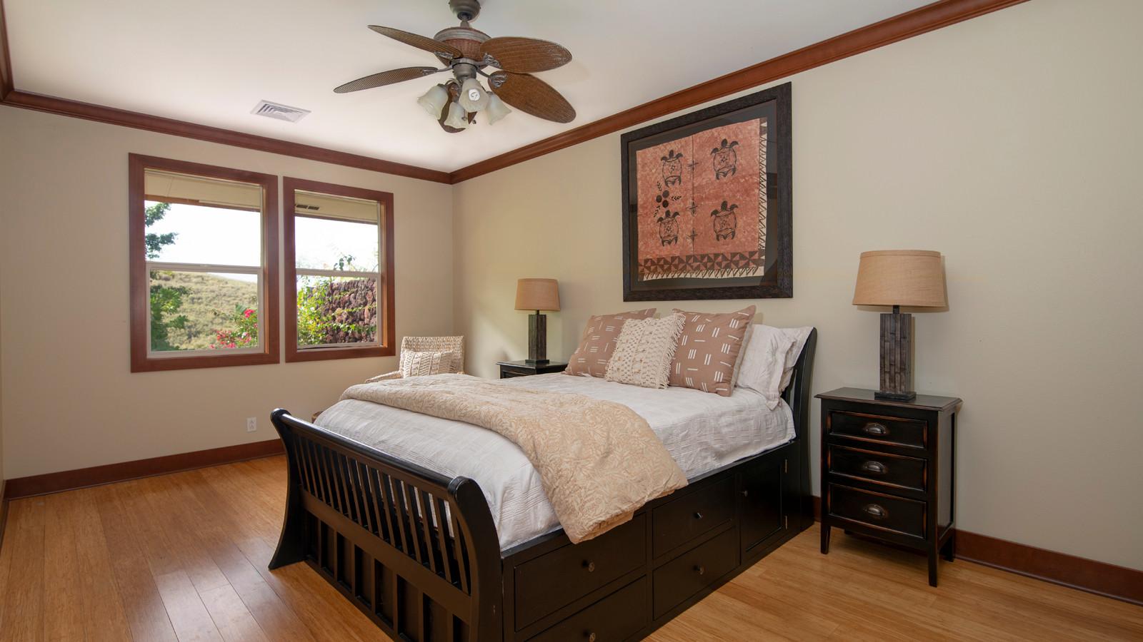 22-2nd bedroom.jpg