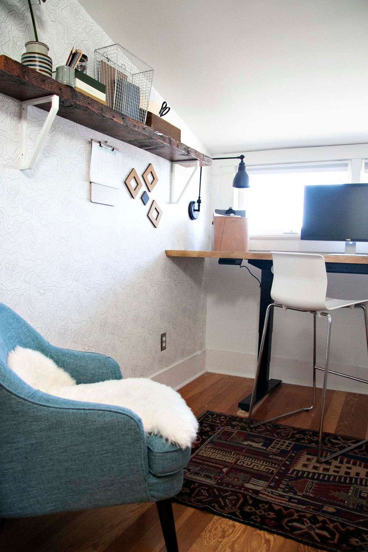 Tiny & Bright Home Office
