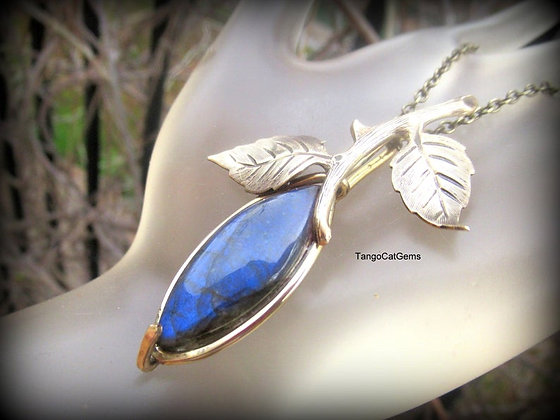 Blue Labradorite Bud Pendant Necklace