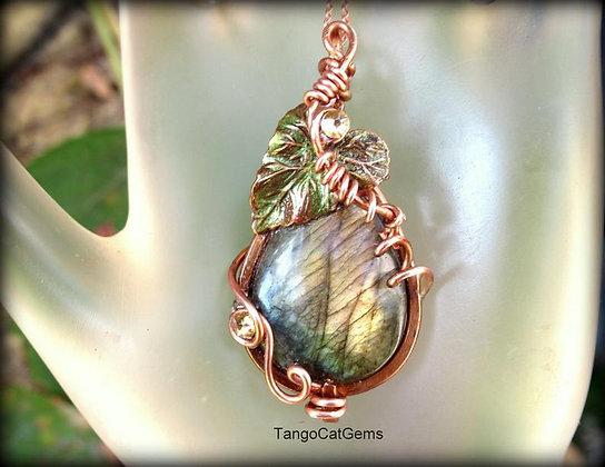 Labradorite Copper Leaf Woodland Pendant Necklace Aspen Glow