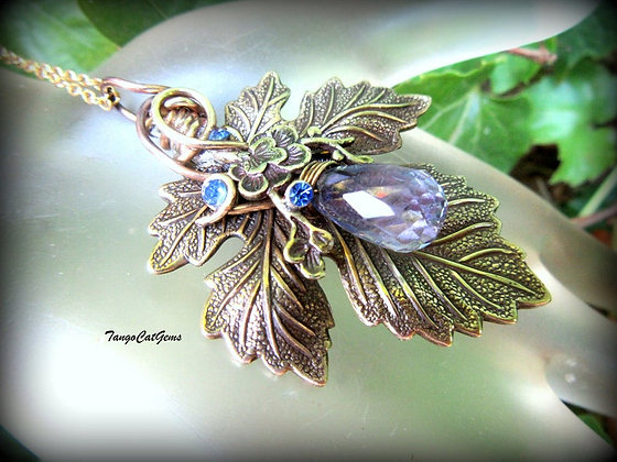 Woodland pendant, Organic Wire Wrapped Jewelry,Leaf pendant