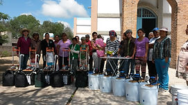 Entrega de equipos en San Ignacio de Loy