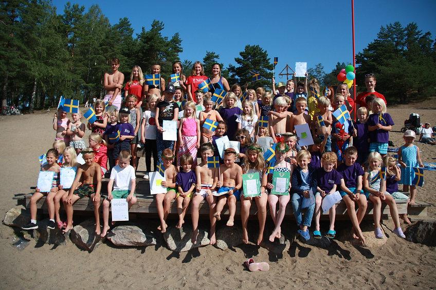 Gruppbild simskolan.jpg