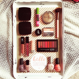 Magnetic Make Up Organizer