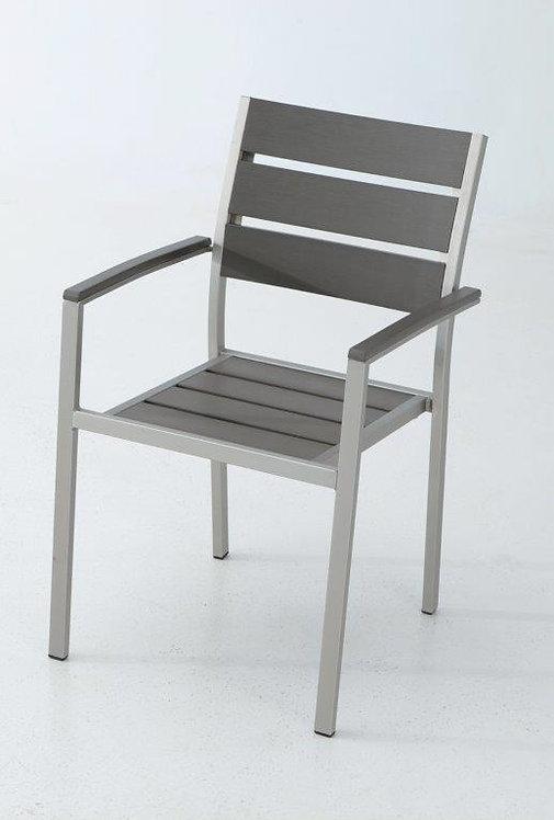 Chaise Ohio