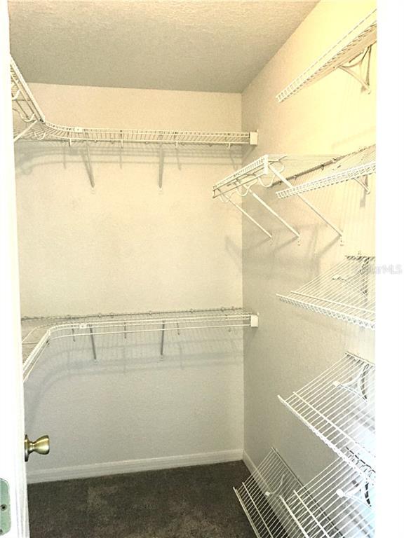closet-walkin