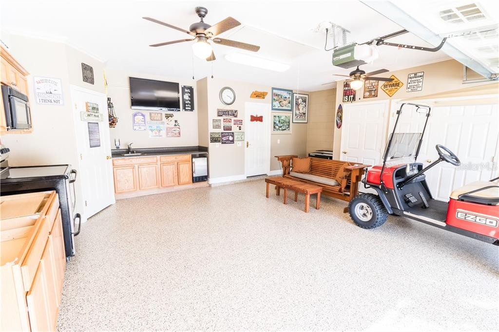 garagekitchen