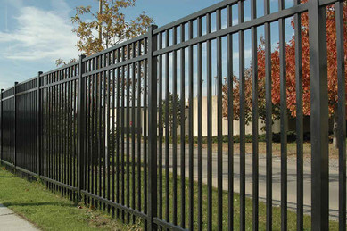 homeguide-4-foot-tall-vinyl-picket-fence