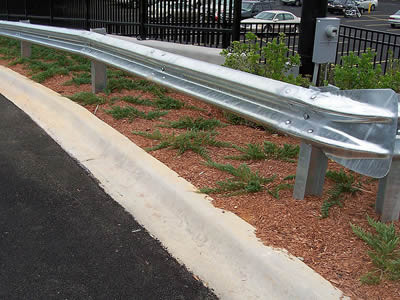 galvanized-guardrail-aashto-m180.jpg
