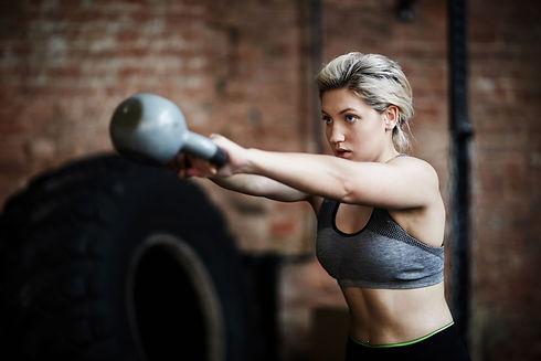 exercising-in-gym-P9MT6RY.jpg