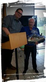 Michael von Speicher aus Kassel hat sich gefreut, dass hat er eine schöne Sachpreise....