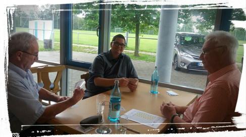 Links: Klaus Weber als 1.Vorstand vom Skatclub Altenburg Bamberg Rechts: Ulrich Rönz als Vizepräsident vom Bayerischer Skatverband e.V.