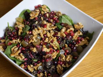 KALE & SPINACH SALAD | Christmas Salad [VIDEO]