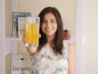 APPLE CIDER VINEGAR AND TURMERIC TONIC