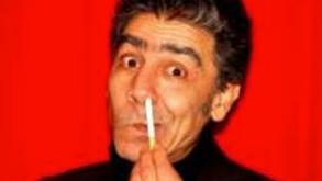 La cigarette dans le nez