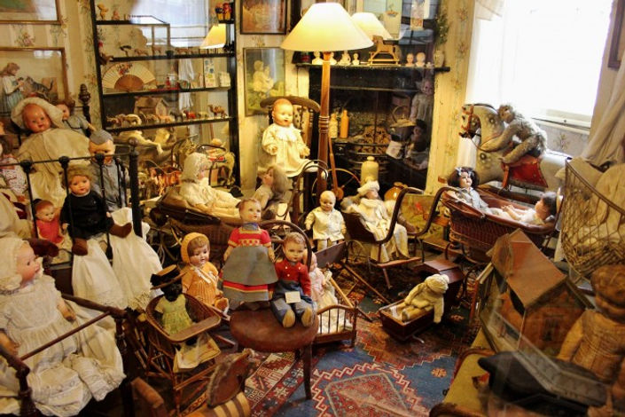 Pollocks-Toy-Museum-London1-660x440.jpg