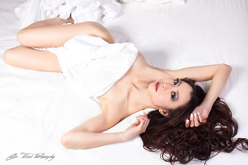 Goddess Asia in Bed