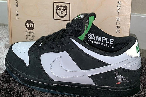 "Jeff Staples x Nike Air Dunk ""Panda Pigeon"""