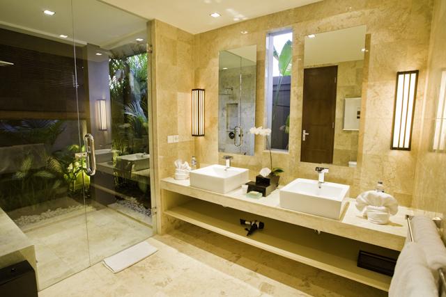 2 bathroom twin night
