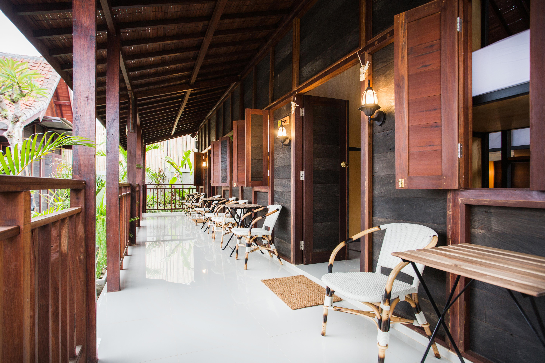 Social House terrace