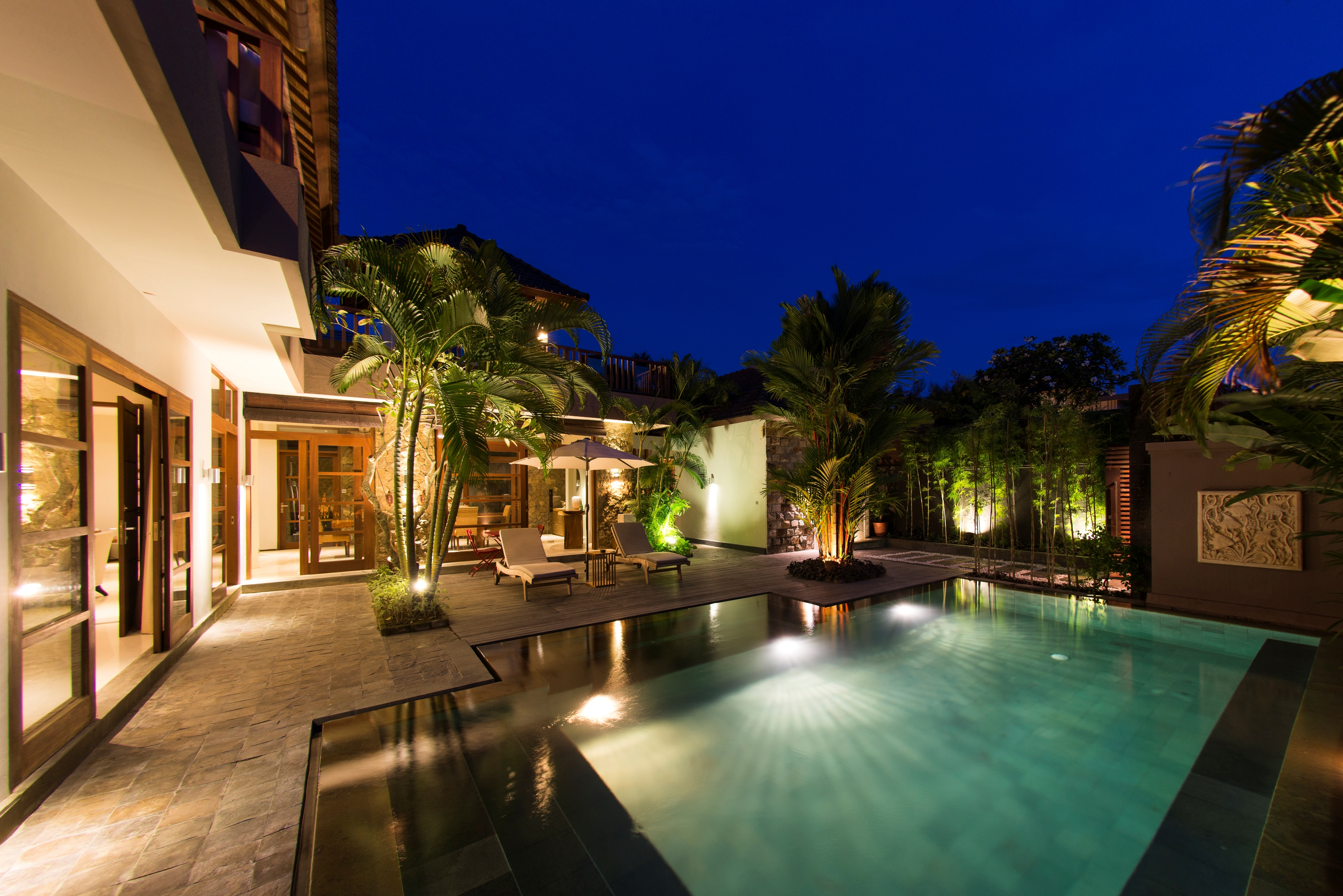 Villa M pool area