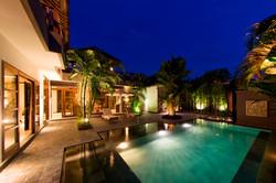 Villa M pool area