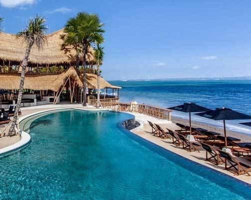 Finns-Beach-Club-Berawa-Beach-Canggu-Bali