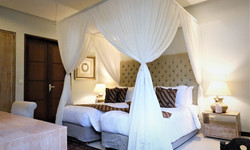 Room 2 Twin bed 2